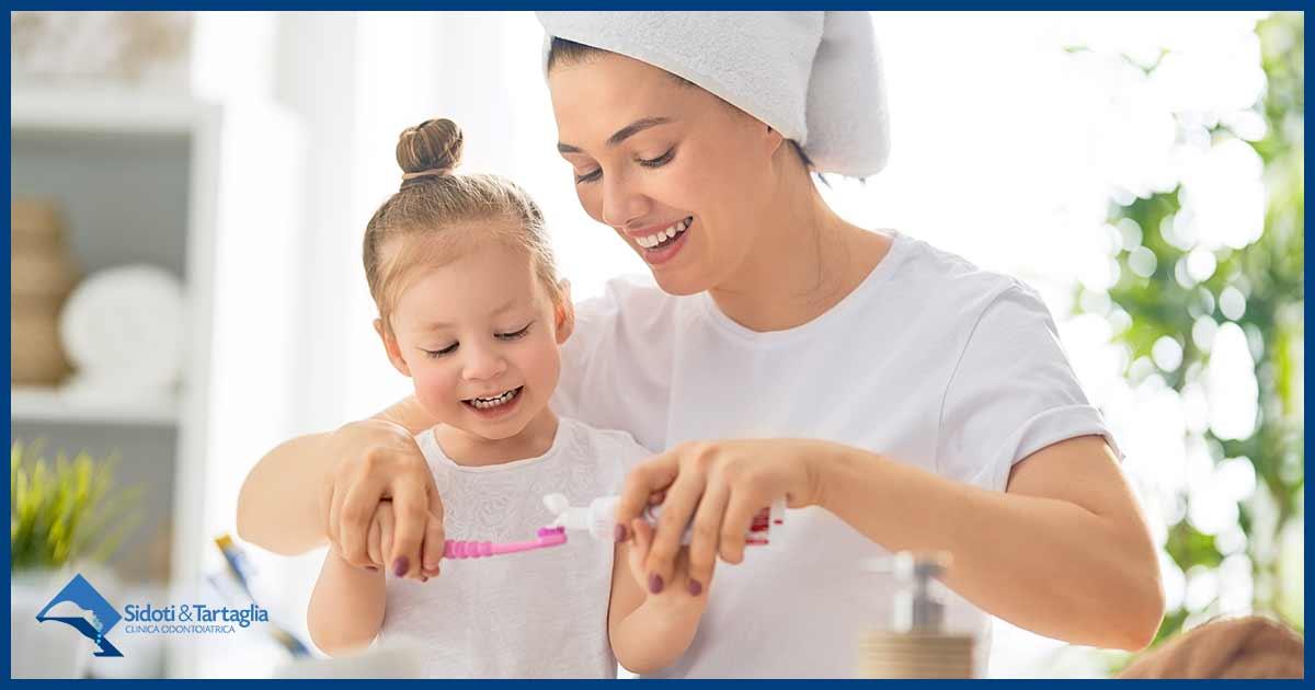 Curare i denti dei bambini